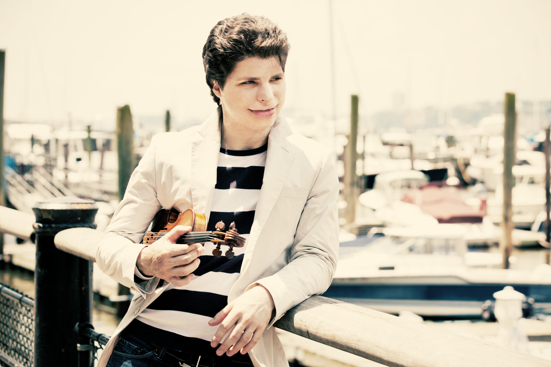AUGUSTIN HADELICH, Violin, named Musical America's 2018 Instrumentalist of the Year. Photo: augustinhadelich.com