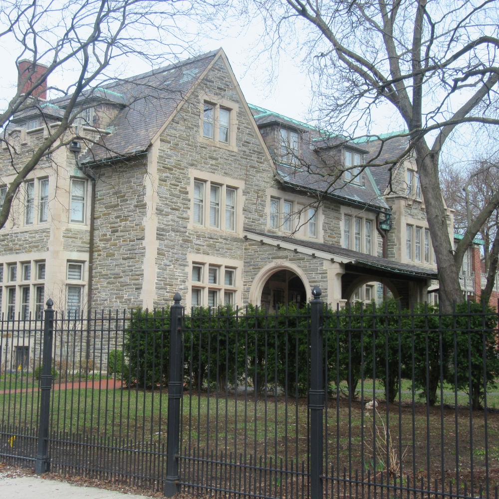 Kenwood's homes of famous sports players