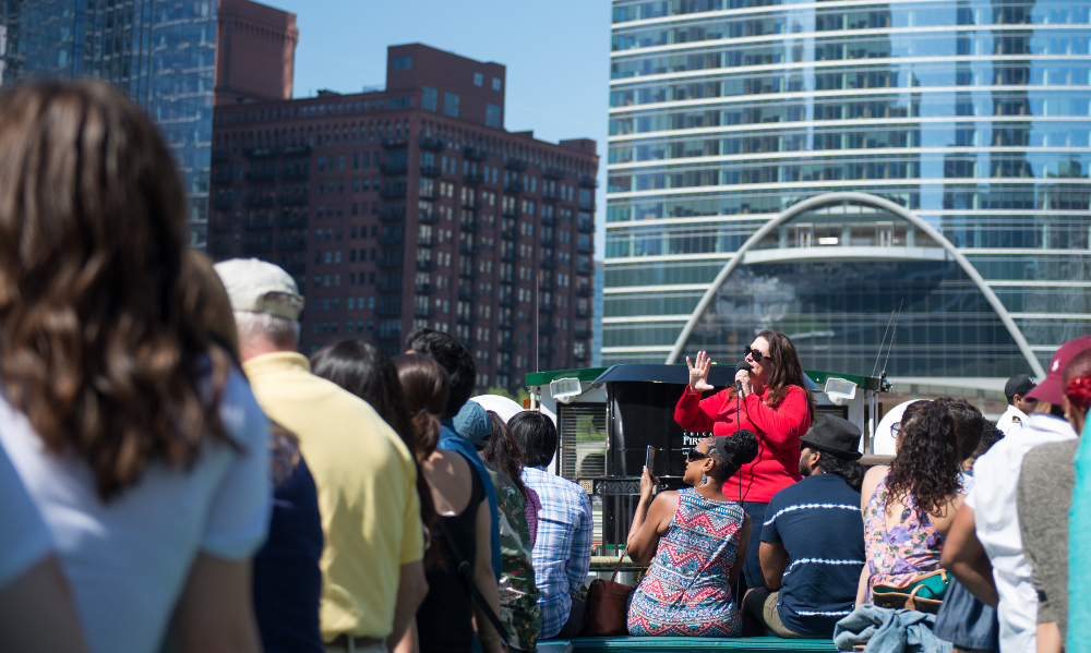 River cruise docent