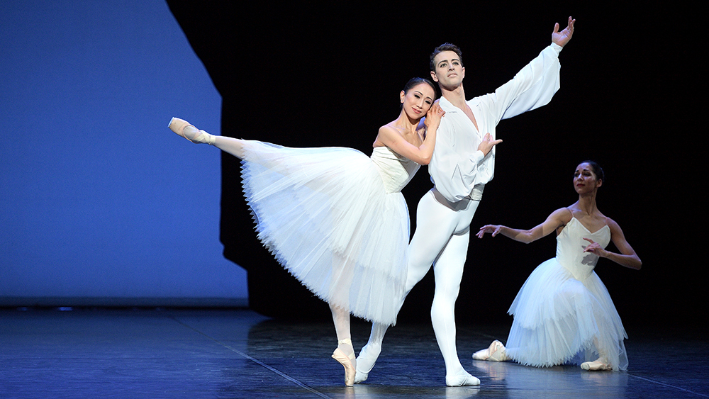English National Ballet perform Etudes (c) Laurent Liotardo