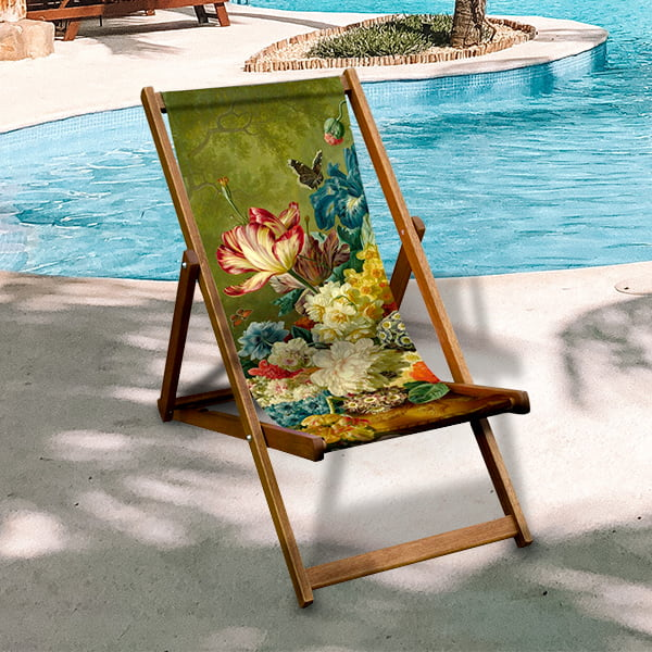 Deck chairs © The National Gallery Company, London