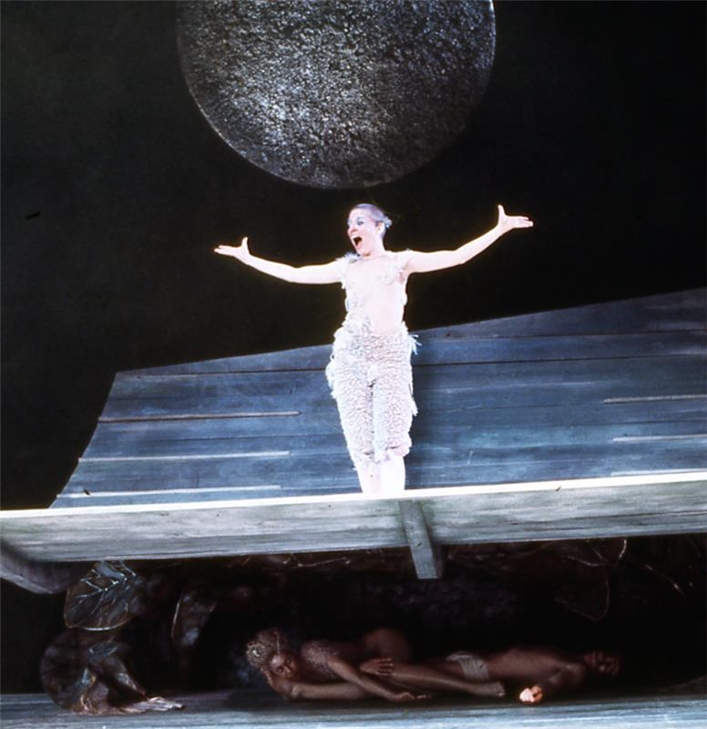 Linda Atkinson in A MIDSUMMER NIGHT'S DREAM, courtesy of Yale Repertory Theatre